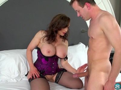 порно hot mom hd